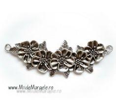 Link mare cu flori, dimensiuni 111x38x4 mm, orificii 4.5 mm, 1 buc Charmed, Link, Floral, Flowers, Jewelry, Jewlery, Jewerly, Schmuck, Jewels