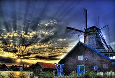 Un antico mulino a vento