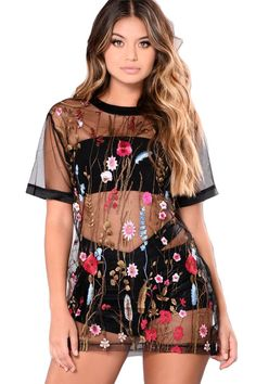 e135dafc838d8 Pure Color Perspective Embroidery Loose Short Dress