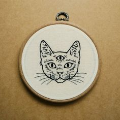 Three Eyed Cat Hand Embroidery Hoop Art (embroidery wall hanging) (tattoo patch) Three Eyed Cat Hand Embroidery Hoop Art embroidery wall by ALIFERA Modern Embroidery, Embroidery Hoop Art, Hand Embroidery Patterns, Cross Stitch Embroidery, Cross Stitch Patterns, Embroidery Designs, Embroidery Tattoo, Crewel Embroidery, Broderie Simple