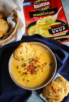 20-Minute Cheddar Biscuits are the perfect side dish. You can't beat this copycat red lobster biscuit recipe that's ready in about 20 minutes.