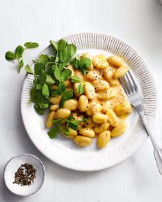 This is the quickest, easiest and potentially tastiest gnocchi dinner you'll likely come across. Made with just 6 ingredients, try our gnocchi cacio e pepe Gnocchi Recipes, Pasta Recipes, New Recipes, Entree Recipes, Vegetarian Recipes, Dinner Recipes, Pea Shoot Recipe, Starch Free Recipe, Delicious Magazine Recipes