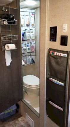 Awesome bathroom rvs and camper ,travel trailer remodel ideas (48)