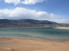 11 Things You Absolutely Have To Do In Colorado This Summer | The Denver City Page Blue Mesa Reservoir: Colorado Beach