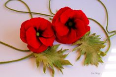 Felted Flowers, wedding decoration, decoration red flowers, bridal gift, housing