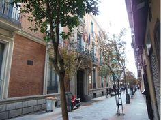 Fachada del Palacio de Santoña por la calle Huertas Madrid, Street View, San Jose, Temple, Palaces, Towers, Architects, Buildings