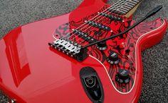 Fender Squier Custom SE Stratocaster + Stand, H/Duty Softcase, Strap, Lead Fender Squier, Music Instruments, Guitars, Guitar, Vintage Guitars, Musical Instruments