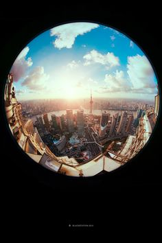 Stunning 'Fisheye' Photographs Invert Landscapes, Distort Perspective http://designtaxi.com/news/358180/Stunning-Fisheye-Photographs-Invert-Landscapes-Distort-Perspective/