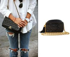 A chic outfit with destroyed skinnies & Chanel! http://bobags.com.br/chanel-black-quilted-lambskin-bag.html  #bagrental #chanel #adorobobags #sharingeconomy
