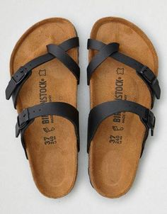 American Eagle Outfitters Birkenstock Mayari ~Click the link to buy~ Cute Sandals, Cute Shoes, Black Sandals, Me Too Shoes, Shoes Sandals, Flats, Women Sandals, Shoes Women, Summer Sandals