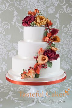 wedding cakes with cascading flowers | Cake Decorating Course – Cascading Sugar Flower Wedding Cake!