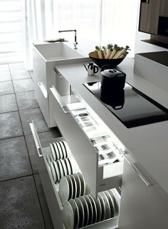 Kitchen Interior Design Ideas – Inspirations for you !: Kalea – Modern Italian Kitchen by Cesar Kitchen Interior Design Ideas – Inspirations for you !: Kalea – Modern Italian Kitchen by Cesar Modern Kitchen Design, Interior Design Kitchen, Modern Design, Modern Interior, Italian Interior Design, Modern Sink, Kitchen Drawers, Kitchen Cabinets, Kitchen Cupboard