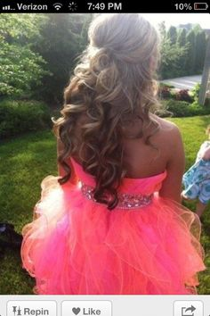 This is a perfect homecoming or prom hairstyle I Love It!