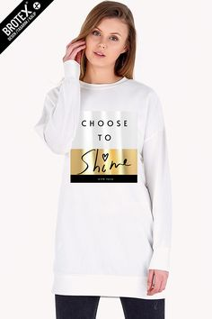 Graphic Sweatshirt, T Shirt, Graphic Prints, Activewear, Womens Fashion, Fashion Trends, Shirt Designs, Sweatshirts, Projects
