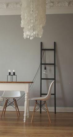 Neue Wohnung, Inneneinrichtung, Altbauwohnung, Wandfarben, Schlafzimmer  Lampe, Esszimmer Einrichten, Farbige Wände, Graue Wände, Wandfarbe Farbtöne