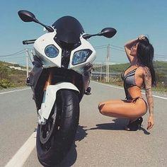#bmw #s1000rr #sexygirl #sportbike #bikelife #moto #motorcyle