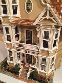 Dollhouse Dolls, Dollhouse Miniatures, Doll House Plans, Pop Cans, Sylvanian Families, Mini Mini, Gingerbread Houses, Environment Design, Victorian Gothic