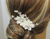 Pearl Flower Bridal Comb, Bridal hair comb, Wedding hair accessories, Bridal Headpieces, Rhinestone hair comb bridal #weddings