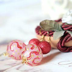 Fancy Strokes Dangle Earrings Red and gold by DreamsCorner on Etsy, €25.00