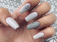 Glitter coffin nails designs are so perfect for this season! Hope she could – Nagellack Glitter coffin nails designs are so perfect for this season! Hope she could – Nagellack – Classy Nails, Stylish Nails, Simple Nails, Cute Nails, Trendy Nails, Basic Nails, White Coffin Nails, Rose Gold Nails, Stiletto Nails