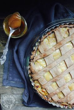 Cake's Amore... and more: banana and salty caramel pie