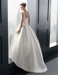 Robe de Mariée RHODESIA de la marque TWO BY ROSA CLARÁ disponible à Nice