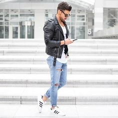 Sunday style ~ Hope everyone had a great weekend :) #sunday #sundayvibes #adidasoriginals #superstar #adidassuperstar #rippedjeans #fashion #fashionista #fashionblogger #dreamboys #dreambig #rowanrow #menwithstyle #menwithstreetstyle #streetstyle #streetstylephotography #streetphotography #blogger #bloggers #blog #instablogger #leatherjacket #clean #cool #fresh