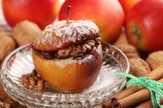 Oatmeal stuffed baked apples Baked apples stuffed with oatmeal and cinnamon goodness Raw Pumpkin Seeds, Pumpkin Spice, Crock Pot Desserts, Dessert Recipes, Maple Syrup Ingredients, Spiced Almonds, Pumpkin Ice Cream, Decadent Food, Small Baking Dish