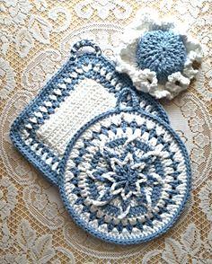 Blueberry Delight Amazing Starburst Potholder Set with Lid Grabber Hat Hand Crocheted 100% USA Cotton $32