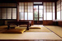 Intérieur japonais #tatamis #cloisonscoulissantes