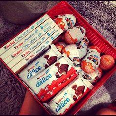 kinder, chocolate, and food image Chocolate Gifts, Love Chocolate, Chocolate Lovers, Cute Gifts, Diy Gifts, Food Gifts, Chocolates, Kind Photo, Junk Food Snacks