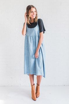 DETAILS: Spaghetti strap denim dress Fabric Content: 100% Cotton Model is wearing a small
