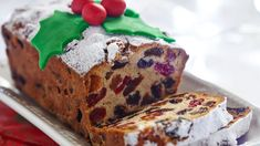 With festive ingredients like dried fruits and rum, many families' holiday dinners are incomplete without fruit cake for dessert. So, why not make it a hit with everyone at your table—even the skeptics—with these savvy tips? Holiday Cakes, Holiday Desserts, Holiday Treats, Holiday Foods, Christmas Foods, Christmas Things, Simple Christmas, Food Cakes, Boiled Fruit Cake