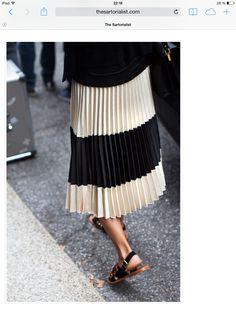 f96cd2675 88 mejores imágenes de FALDAS PLISADAS en 2019 | Moda feminina, Saia ...
