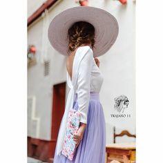 Enamoradas de esta blusa, disponible en blanca y negra ❤ #Trajano11 #Trajano11shop #moda #mujer #blusa #top #fashion #White #pamela #tul #perfectlook #look #outfit #loveit #howtowear #temporada #tendencia #colección #lookoftheday #outfitoftheday #tdsmoda