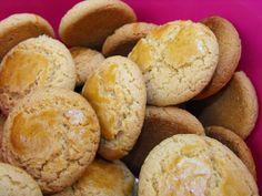 Biscoitos de azeite by a galinha maria, via Flickr
