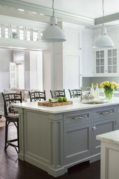 New Interior Design Ideas and Paint Colors for Your Home. Contemporary style two-tone gray & white kitchen with custom glass pennants over the island and dark wood floors. White Kitchen, Shaker Style Kitchens, Kitchen Decor, Kitchen Cabinet Styles, New Interior Design, New Kitchen, Shaker Style Kitchen Cabinets, Home Kitchens, Kitchen Design