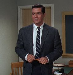 Setting The Bar High: Boyer on the Ups and Downs of Tie Bars - Ivy Style Hollywood Men, Vintage Hollywood, Tammy Tell Me True, John Gavin, Herbert Lom, Romanian Girls, Sandra Dee, Ivy Style, Famous Names