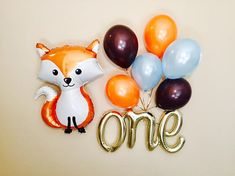 PERFECT Decoration for the First Birthday of your Baby Boy!! :) It is 30 Inches Long IT IS WHITE GOLD and not the same color as the other Gold Balloons we sell.. Listing includes: 1 Script ONE Balloons that is individually packaged flat and is not inflated. 1 Jumbo Fox Balloon Latex Set