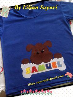 Camiseta infantil com aplique.