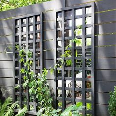 Modern Trellis Design for Beautiful Garden 5 Ways to Add Style With a Garden Trellis Modern Trellis design for beautiful garden. A garden trellis is normally used only for providing a framework on … Trellis Design, Diy Trellis, Garden Trellis, Fence Design, Garden Design, Trellis On Fence, Trellis Ideas, Patio Design, Lattice Privacy Fence