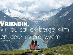 berge klim en deur riviere swem