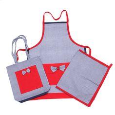 Mutfak tekstil takımı. 1 Önlük, 1 Tutacak ve 1 Ekmek Torbası oluşmaktadır. Tamamı el dikimidir. http://www.mammade.com/mutfak-onluk-takimi