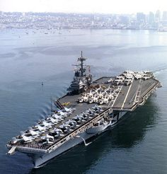The US Navy has awarded a contract for the towing and dismantling of the decommissioned aircraft carrier Ranger (CV - the third Forrestal-class aircraft carrier, to International Shipbreaking, Ltd. Us Navy Aircraft, Navy Aircraft Carrier, Military Aircraft, Navy Day, Go Navy, Croiseur Lourd, Cruisers, Navy Carriers, F4 Phantom