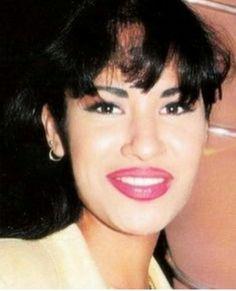Selena Quintanilla Iconosquare Dulce Amor Prohibido Photos