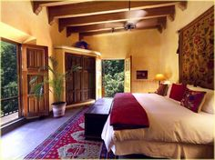 Spanish style homes – Mediterranean Home Decor Mexican Style Homes, Mexican Home Decor, Spanish Style Homes, Spanish House, Spanish Style Bedrooms, Mexican Hacienda Decor, Mexican Home Design, Spanish Revival, Style At Home