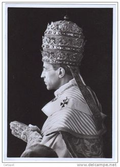 Pope Pius XII. Pope Of Rome, Pope Pius Xii, Young Pope, Roman Church, Christ The King, Blessed Mother Mary, Rosary Catholic, God Prayer, Kirchen