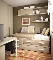 Small Bedroom Design for Adult. Small Bedroom Design for Adult. so Your Bedroom S Not Much Bigger Than Your Bed Here S How Small Bedroom Designs, Small Room Design, Design Bedroom, Interior Design For Small Houses, Small Room Interior, Bed Designs, Office Designs, Couple Bedroom, Small Room Bedroom