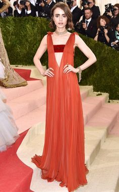 Lily Collins wore a #Valentino Spring 2016 Haute Couture gown to the #MetGala. #ManusxMachina #MetBall -The Fashion Court (@TheFashionCourt)   Twitter