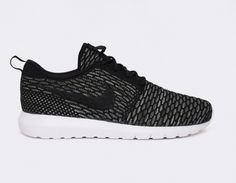 #Nike Flyknit Roshe Run Black #sneakers